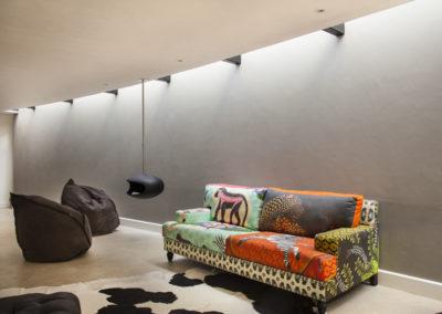 Maison-Noir-Livingroom